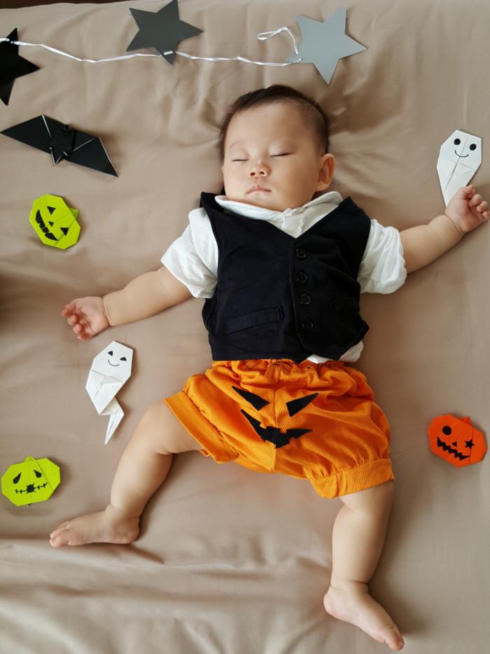 10月!!ハロウィンお友達と一緒編] かわいい!赤ちゃんお昼寝アートの簡単